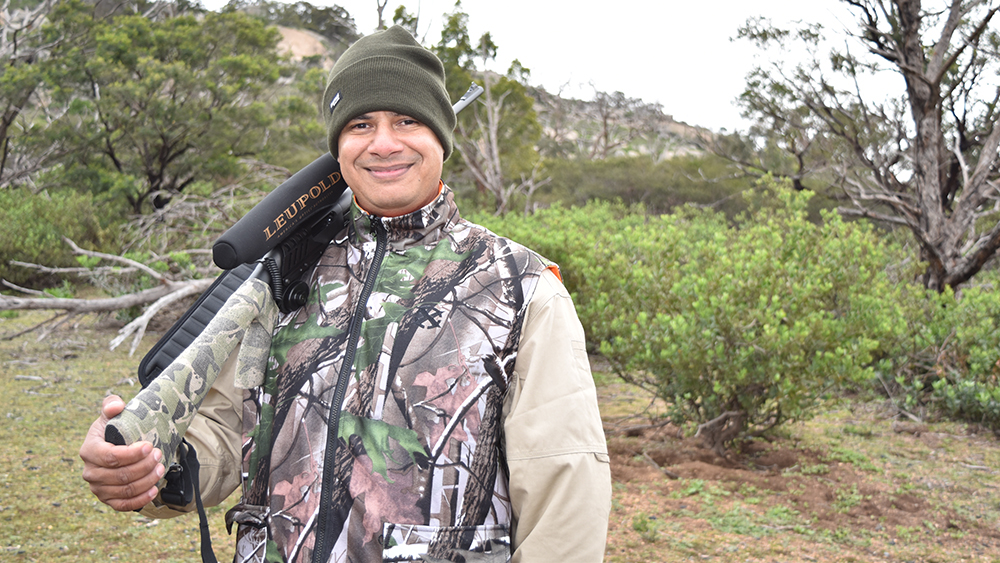 Conservationist settles in Australia